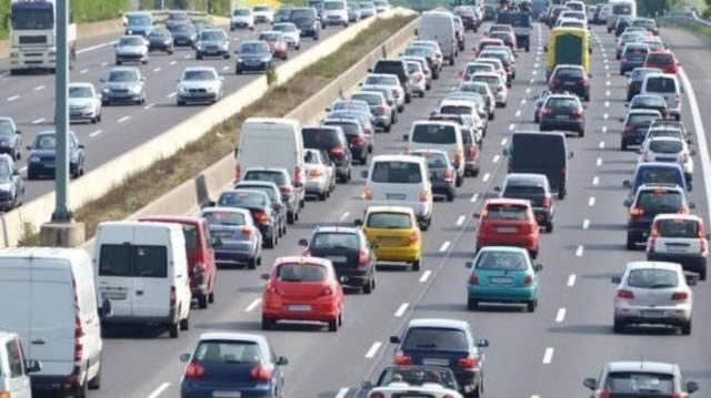 Ριζικές αλλαγές στα τέλη κυκλοφορίας: Ποια η παγίδα για χιλιάδες ιδιοκτήτες; (Video)
