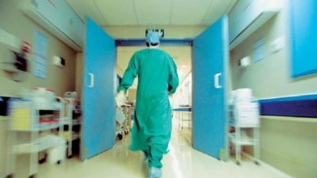 Σοκαρίστηκε ακόμα και η γιατρός με αυτό που βρήκε στο αυτί ασθενούς! (photo)