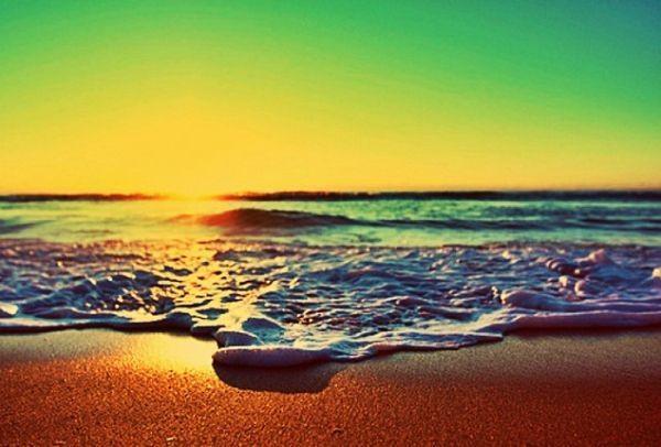 Δωρεάν βουτιές στην Αττική: Όλες οι παραλίες χωρίς είσοδο, μια ανάσα από το κέντρο της Αθήνας!
