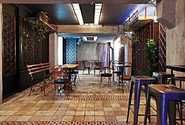 Κρυμμένα μέσα στην πόλη: 5+1 μυστικά bar της Αθήνας!