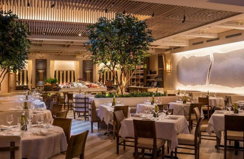 Το ελληνικό εστιατόριο στην Νέα Υόρκη που συχνάζουν όλοι οι σταρ (Photos)