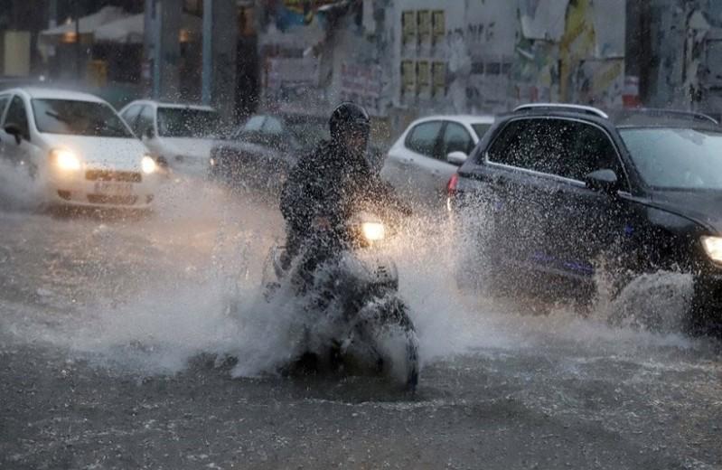 Έρχεται νέο κύμα κακοκαιρίας με βροχές και κατακόρυφη πτώση της θερμοκρασίας!