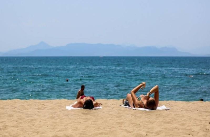 Καιρός σήμερα: Επιστροφή στο καλοκαίρι με άνοδο της θερμοκρασίας!