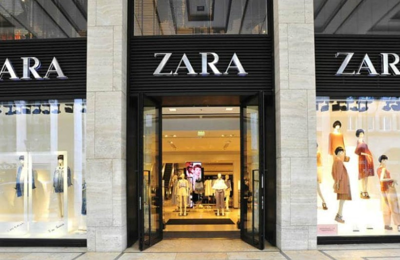ZARA: Ανακαλύψαμε την πλεκτή μπλούζα που πρέπει να αγοράσεις! Κοστίζει 15 ευρώ!