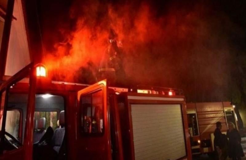 Εθνική οδός: Συναγερμός!  αυτοκίνητο τυλίχθηκε στις φλόγες!