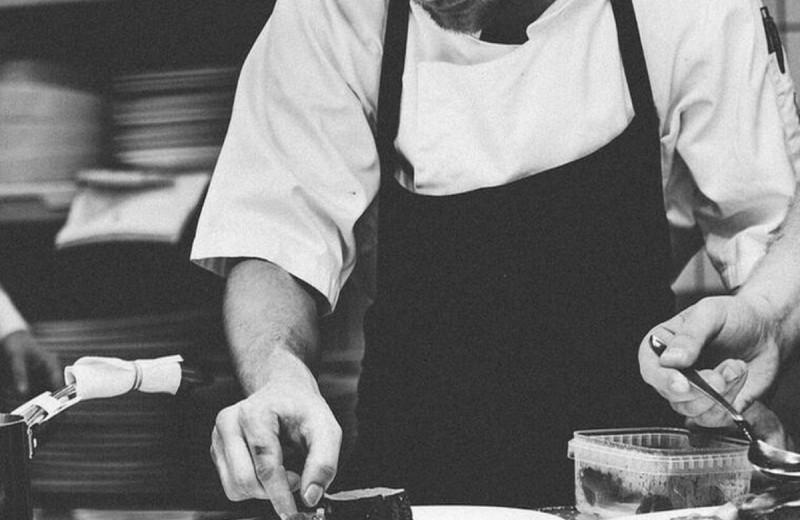 Θρήνος στο χώρο της γαστρονομίας: Πέθανε διάσημος σεφ