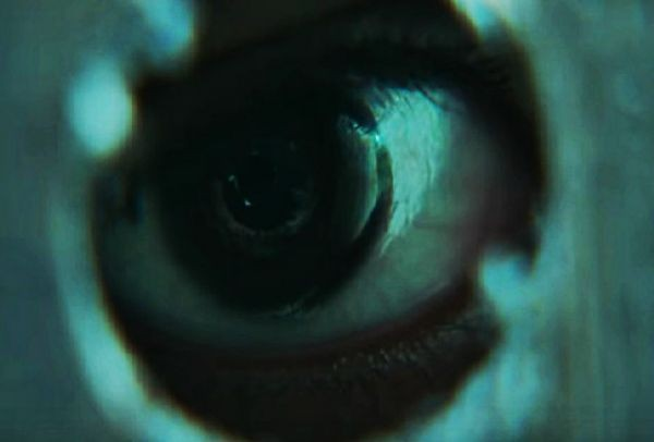 It Comes At Night: Όλοι λένε πως είναι η πιο τρομακτική ταινία του 2017 (Trailer)