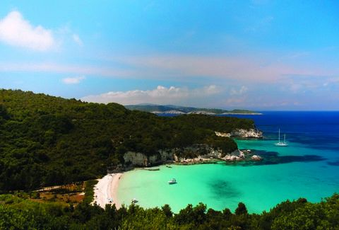 Βουτούμι: Είναι η ομορφότερη παραλία της χώρας μας;;; (PHOTOS)