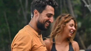 Survivor spoiler: Έπιασαν στα πράσα Σάκη και Μαριαλένα! Τους παρακάλεσαν να μην δείξουν το πλάνο