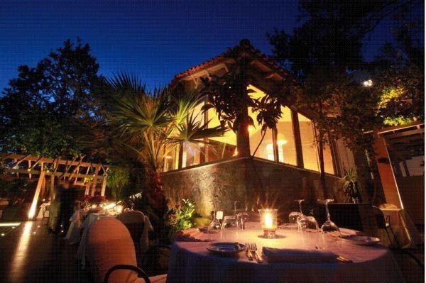 Botrini's: Το νέο εστιατόριο του Έκτορα Μποτρίνι στο Χαλάνδρι
