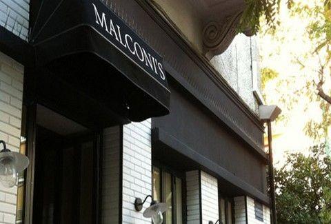 Malconi's, νόστιμο hot-spot!