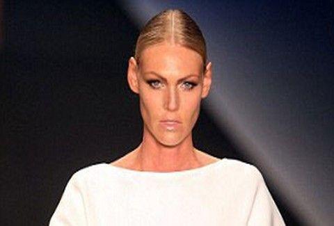 Κρεμασμένα οπίσθια σε μοντέλο έχετε δει;;;! Κι όμως…