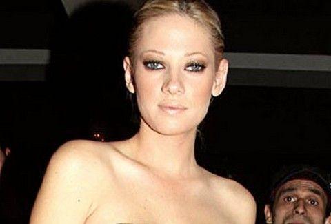 ξανθιά διάσημη πορνοστάρ πρακτική δίνοντας κεφαλή
