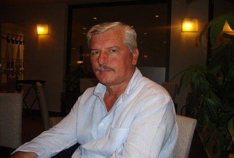 ΦΑΚΕΛΟΣ Ταμήλος: Ποιος είναι ο βουλευτής από τα Τρίκαλα που τα ξύνει στην Βουλή και δεν θεωρεί κοινωνικό αγαθό το ρεύμα;;;