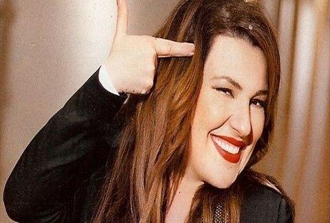 Έλεος πια με το Photoshop! Η Κατερίνα Ζαρίφη με ΔΙΜΕΤΡΟ ΠΟΔΙ που θα ζήλευε μέχρι και η... Σκλεναρίκοβα (PHOTOS)