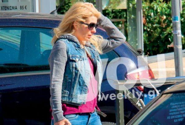b1794c5ebba Ελένη Μενεγάκη: Τρέχει και δεν προλαβαίνει! Το Youweekly.gr μαζί της ...