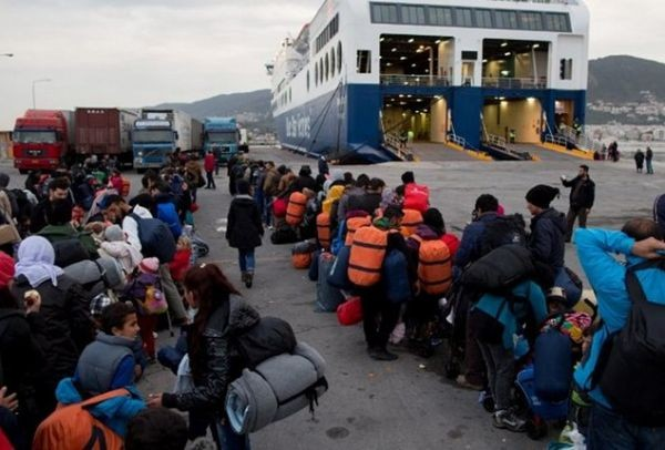 Συνεργασία Λέσβου-Βαρκελώνης-Λαμπεντούζα για τους πρόσφυγες!