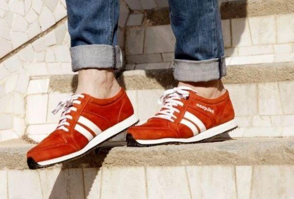 Παπούτσια που... σου δείχνουν το δρόμο! Δείτε τί εντυπωσιακό έφτιαξε η  EasyJet e27cb865bb8