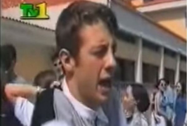 Τον βρήκαμε! Δείτε πώς είναι σήμερα και τι κάνει ο μαθητής που έκραζε τις Πανελλήνιες το 1997