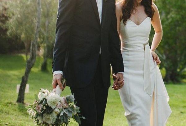 Παντρεύεται και κανείς δεν το πήρε χαμπάρι! Ποια πασίγνωστη ηθοποιός  ανεβαίνει τα σκαλιά της εκκλησίας bca6294e9a2