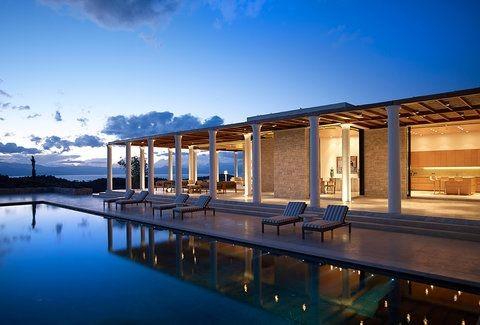 Στην Ελλάδα βρίσκεται το πιο ακριβό ξενοδοχείο της Ευρώπης!  Πόσο