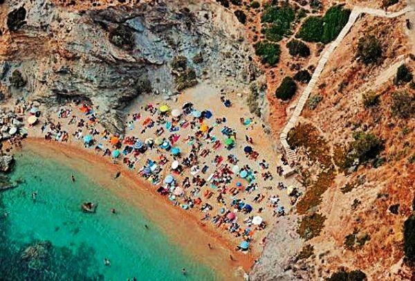 Πέντε κρυμμένες παραλίες στην Αττική για απόδραση και απολαυστικές βουτιές! (PHOTOS)