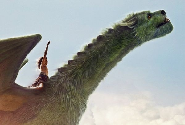 O Πιτ και ο Δράκος του: Η μαγική ιστορία που αποθεώνει ο διεθνής τύπος - Τι γράφουν οι κριτικοί (Trailer)