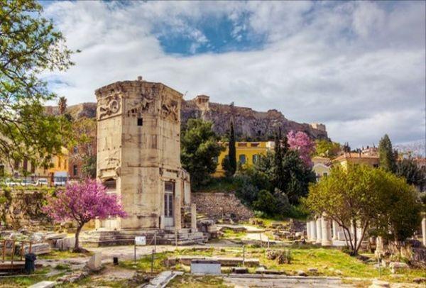 Ο πρώτος μετεωρολογικός σταθμός του κόσμου άνοιξε και πάλι τις πύλες του: Ο Πύργος των Αέρηδων στην Πλάκα είναι ξανά εδώ!