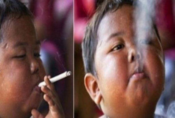 Θυμάστε το 2χρονο αγοράκι που κάπνιζε 40 τσιγάρα την ημέρα; Δείτε πώς είναι σήμερα! (PHOTOS)