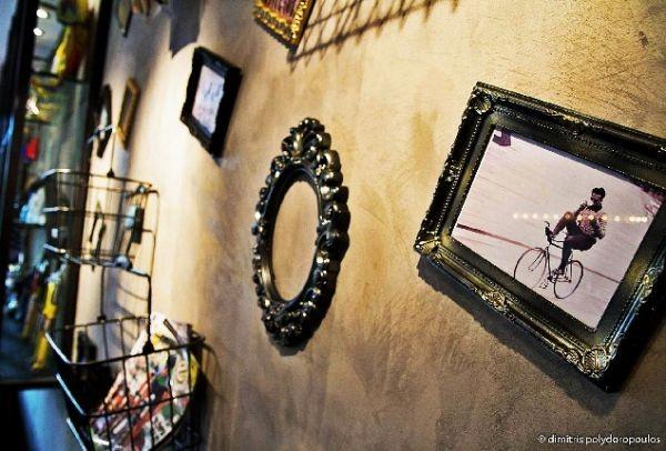 Flamme Rouge: Ένα στέκι στο Γκάζι που λατρεύουν όλοι οι ποδηλάτες -και όχι μόνο- της Αθήνας!