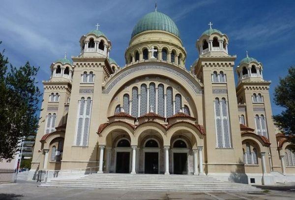 Η μεγαλύτερη εκκλησία της Ελλάδας και μία από τις μεγαλύτερες των Βαλκανίων βρίσκεται στη Πάτρα! (photos+video)