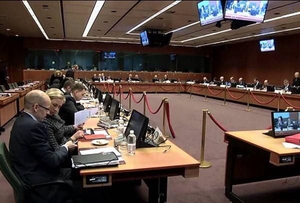 Στο χείλος του γκρεμού η Ελλάδα: Ολοκληρώθηκε το Eurogroup - Τι αποφάσισε η τρόικα