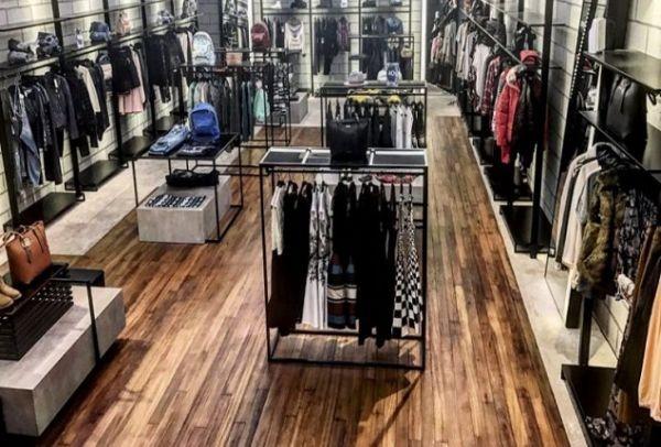 Ποιο διάσημο fashion concept store έκανε την εμφάνισή του στη χώρα μας;