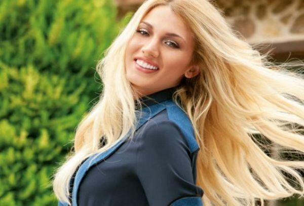 Νέο hair look για την Κωνσταντίνα Σπυροπούλου! Πως σας φαίνεται;