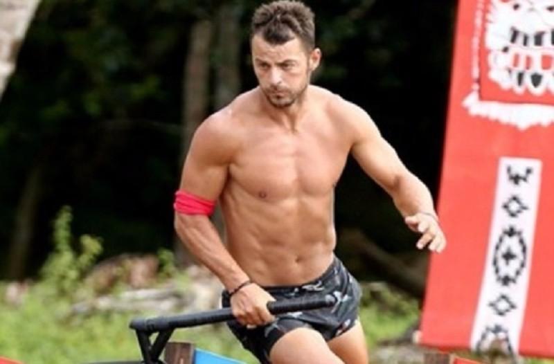 Γι' αυτό ο Γιώργος Αγγελόπουλος παραμένει άτριχος τόσες μέρες μέσα στο Survivor!
