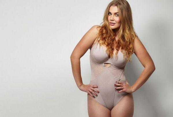 2f040323b3d Φορούν XL, είναι γυναικάρες και γουστάρουν το σώμα τους ...