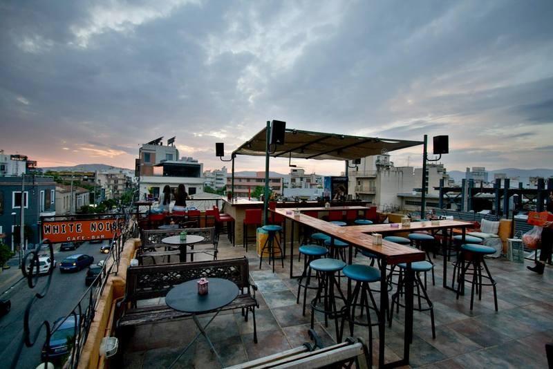 Αθήνα: 10 μαγαζιά που θα πιεις το ποτό σου με μόλις 6€!