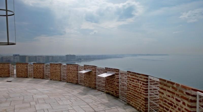 Ο Λευκός Πύργος είναι πιο εντυπωσιακός... από μέσα! Δείτε τι κρύβουν οι 6 όροφοί του! (Photos)