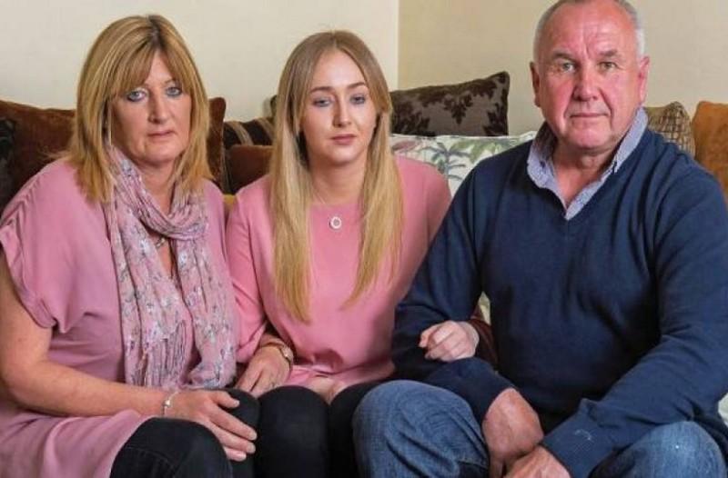 Σπαράζει καρδιές. Η εξομολόγηση της 22χρονης κοπέλας που τυφλώθηκε από ποτά - μπόμπες στην Ζάκυνθο