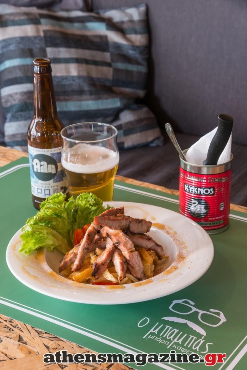 Αθήνα: Ποιο είναι το παραδοσιακό καφενείο που αντί για τσίπουρα σερβίρει μπύρες και παίζει ροκ μουσική; (photos)