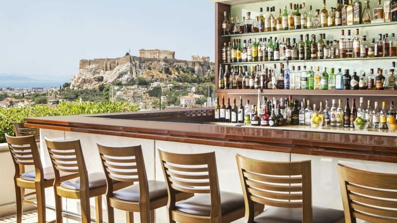 Αυτό είναι το εστιατόριο με την πιο γραφική θέα στην Αθήνα σύμφωνα με το TripAdvisor (Photos)