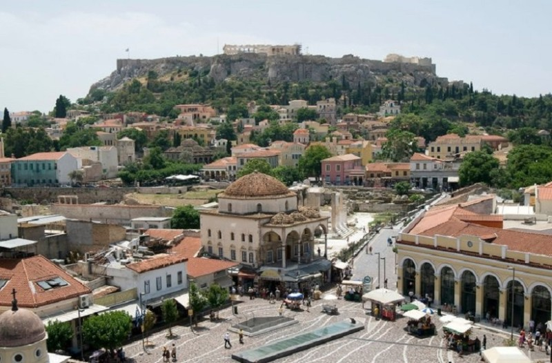 Αυτές είναι οι πλατείες που έχουν γίνει στέκι στην Αθήνα (Photo)