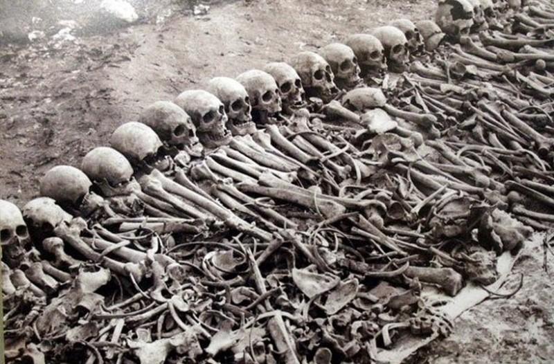 Αυτό είναι το μεγαλύτερο ολοκαύτωμα της ιστορίας με 100.000.000 θύματα! Όταν μάθετε ποιοι είναι οι υπαίτιοι θα πέσετε από τα σύννεφα (photos)