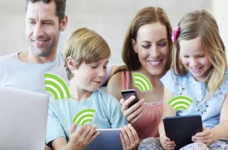 Image result for Η ακτινοβολία των κινητών «πλήττει» τη μνήμη των εφήβων