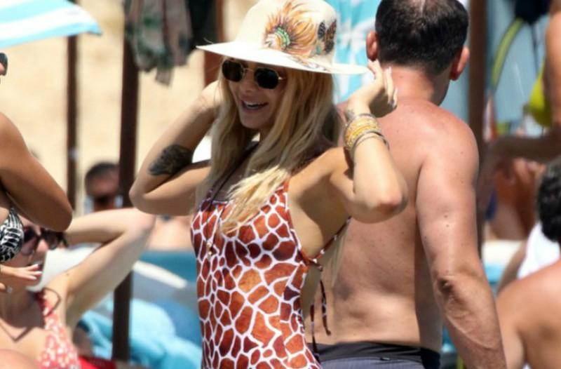 Αυτή είναι η «δεκάδα» των πιο καυτών Ελληνίδων για το φετινό καλοκαίρι (photos)