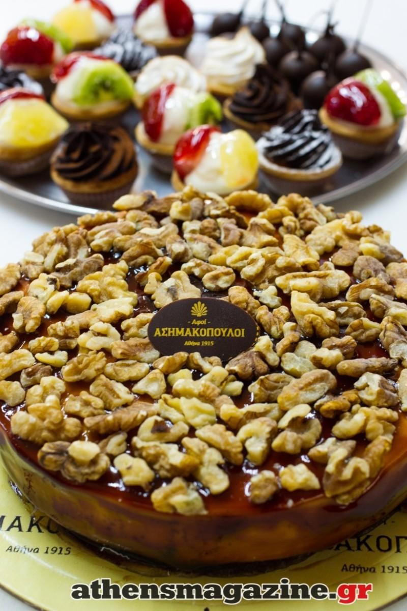 Το ζαχαροπλαστείο στην περιοχή των Εξαρχείων που «μαγεύει» εδώ και 104 χρόνια με τα γλυκά του! - Ζαχαροπλαστεία