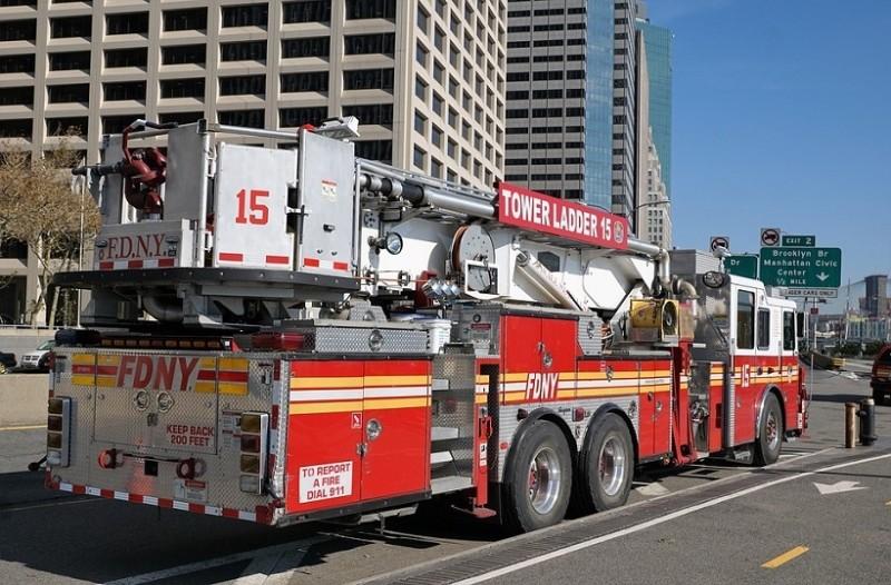 Νέα Υόρκη: Ισχυρή έκρηξη με δεκάδες τραυματίες από φωτιά σε 12 πολυκατοικίες (Video)