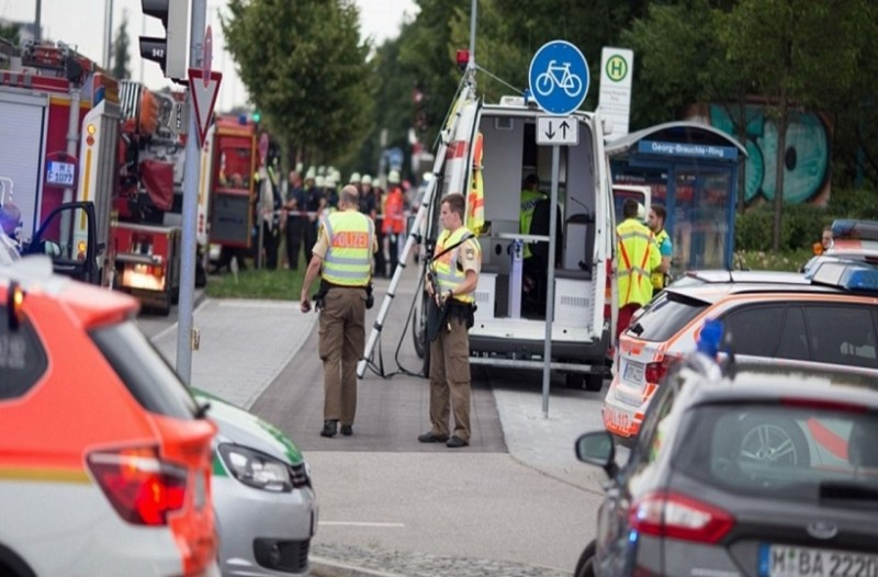 Πυροβολισμοί σε σταθμό κοντά στο Μόναχο