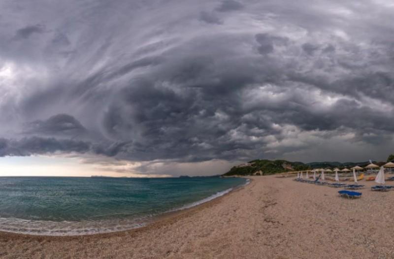 Θα μας τρελάνει ο καιρός: Πότε ξεκινούν οι καταιγίδες, πόσο καιρό θα κρατήσουν και ποιες περιοχές θα πλήξουν! Αναλυτική πρόγνωση για τις επόμενες μέρες