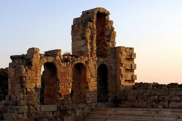 Η βυζαντινή μουσική συναντά την οθωμανική σε μια μεγάλη συναυλία Ηρώδειο